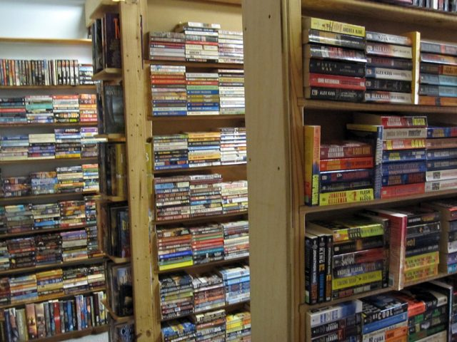Aisles of Books: Mysteries, Westerns, Sci Fi & Fantasy